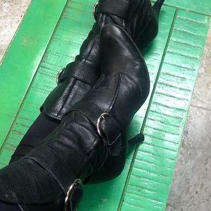 Black leather Gianni Bini boots 9 1/2